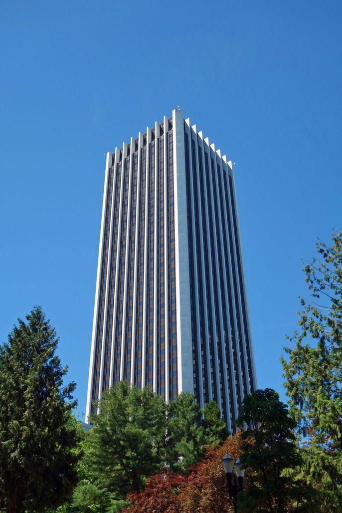 Oregon: Wells Fargo Center