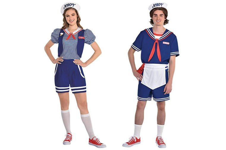 01a_Steve-and-Robin-'Scoops-Ahoy'-Uniforms-from-Stranger-Things