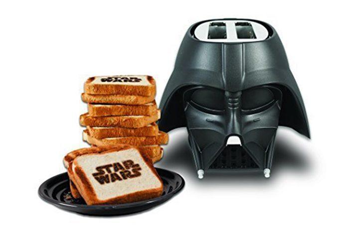 06_Darth-Vader-toaster