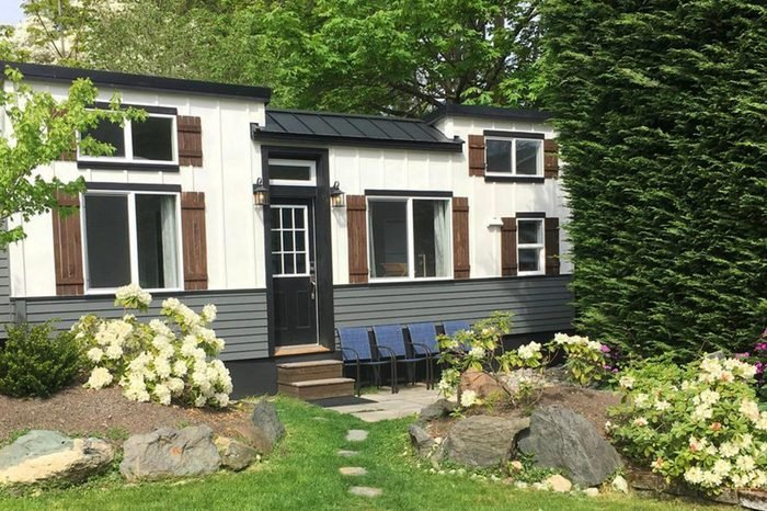 08_The-perfect-Seattle-tiny-house-rental