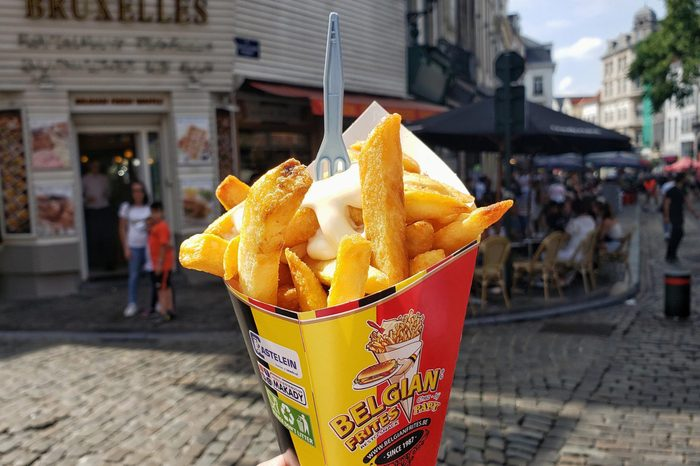 24-Uses-for-Mayonnaise-You-Probably-Didnt-Know-About_French-fry-condiment