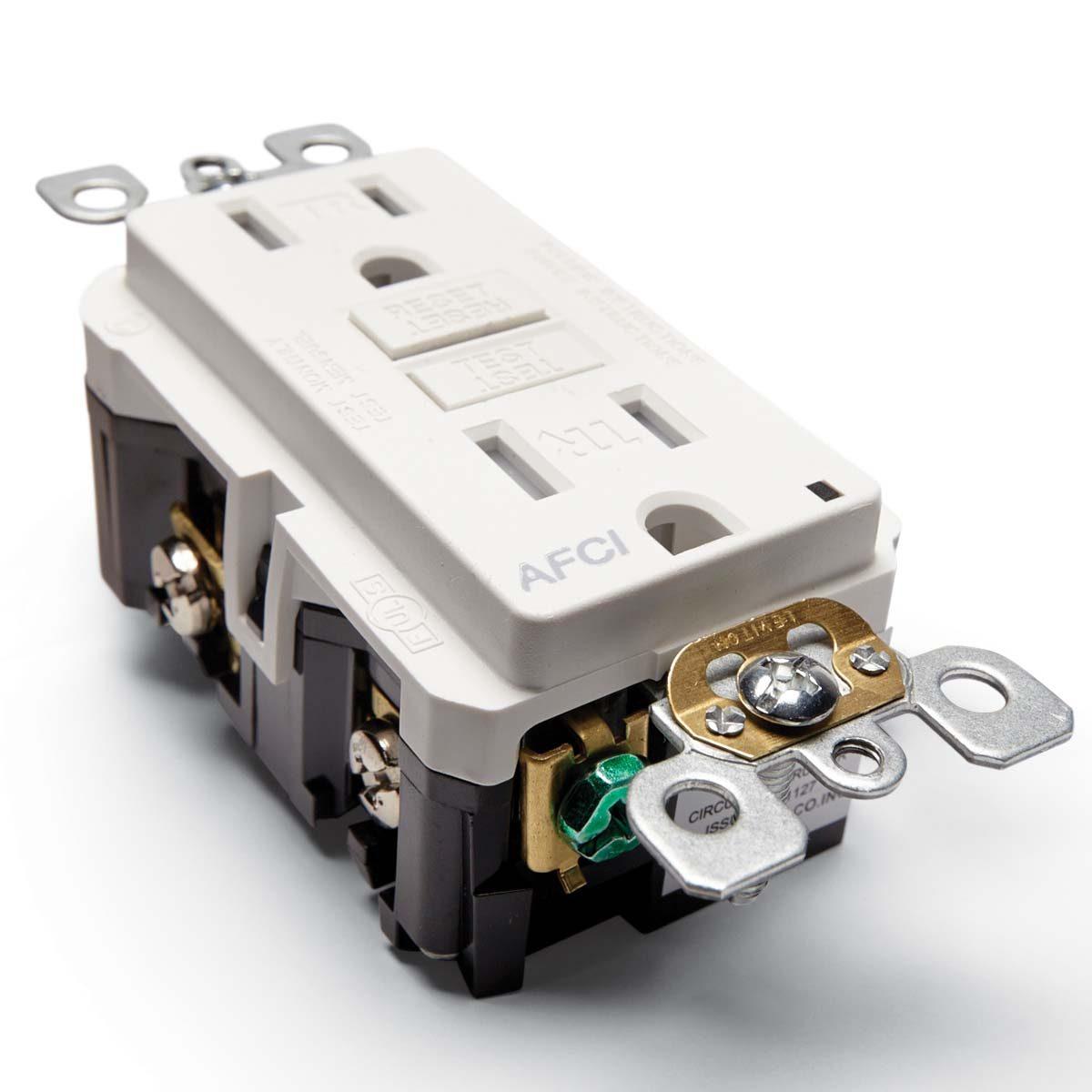 stuff we love smartlockpro outlet branch circuit afci