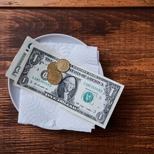 coffee bill with tip