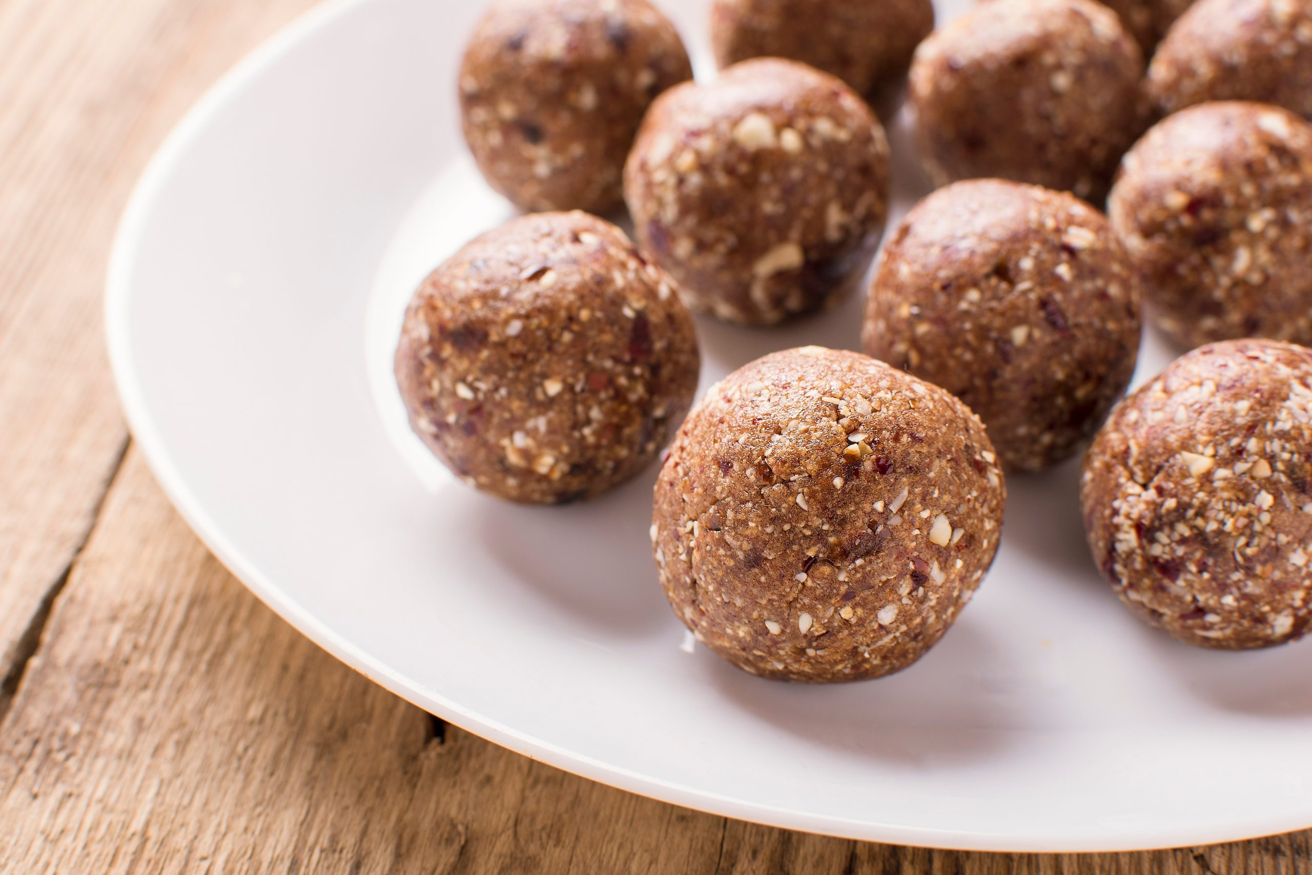 All Natural Healthy Raw Energy Balls