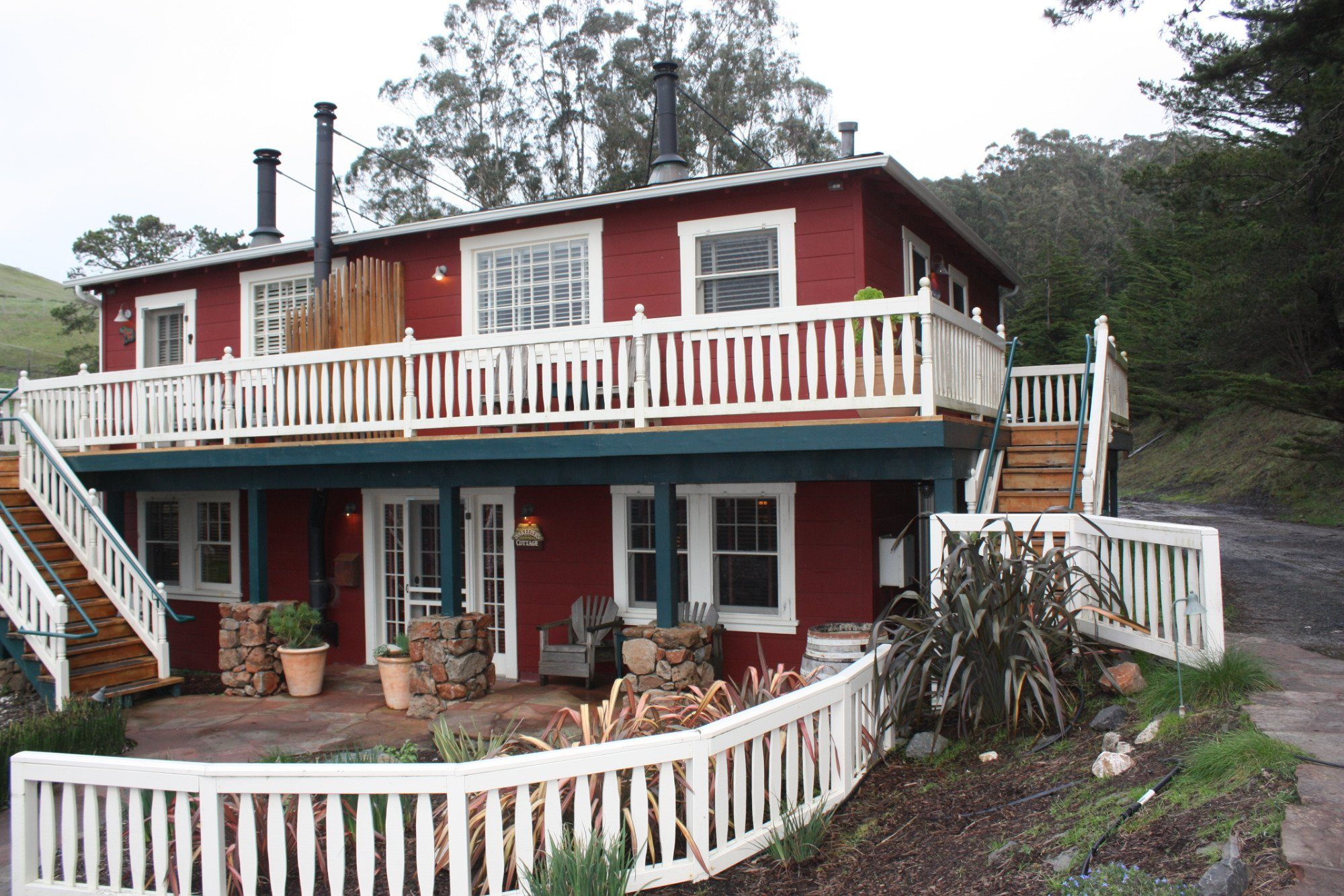 Nick's Cove Cottages, Marshall, California