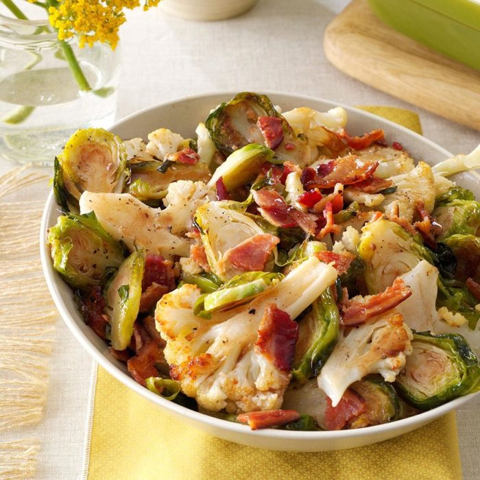 Roasted Cauliflower Brussels Sprouts with Bacon