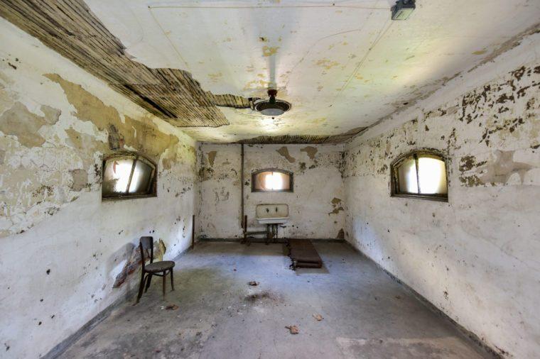 he abandoned Ellis Island Immigrant Hospital.