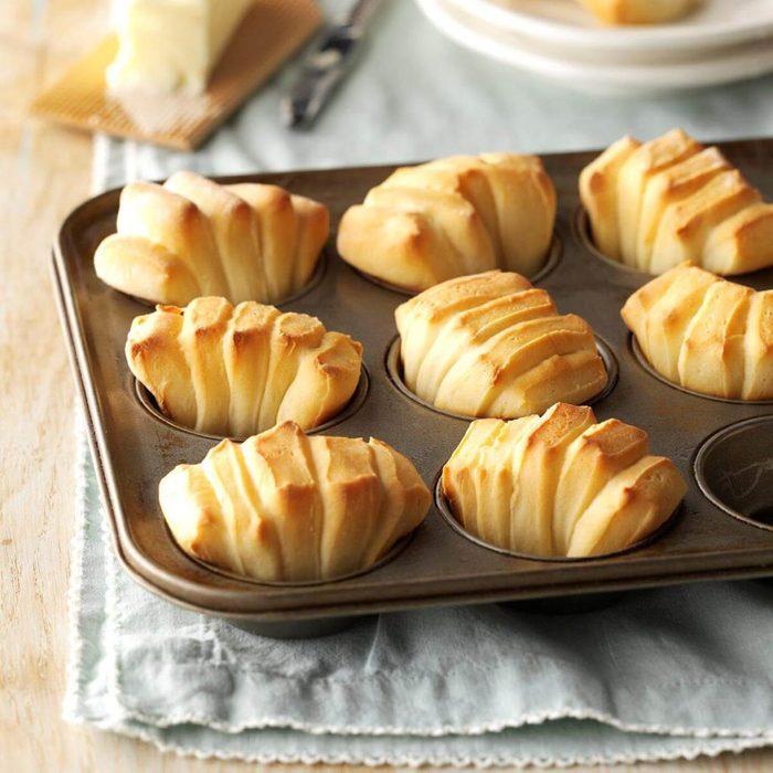 sour cream fan rolls