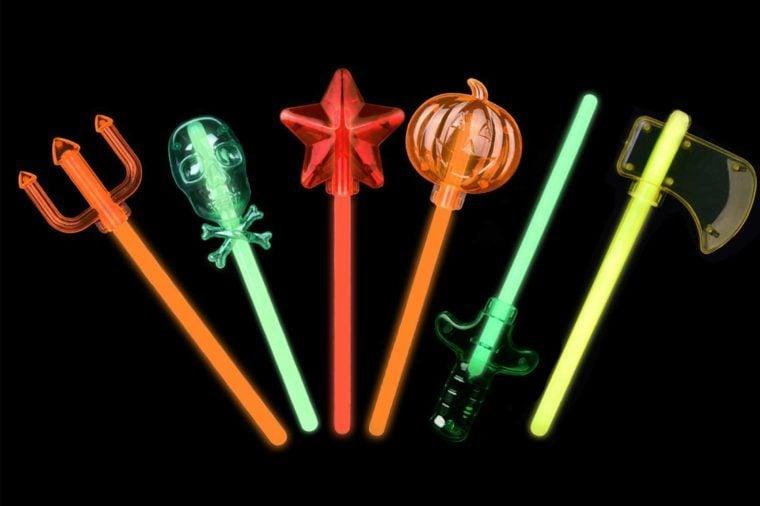 01_Spooky-glow-sticks