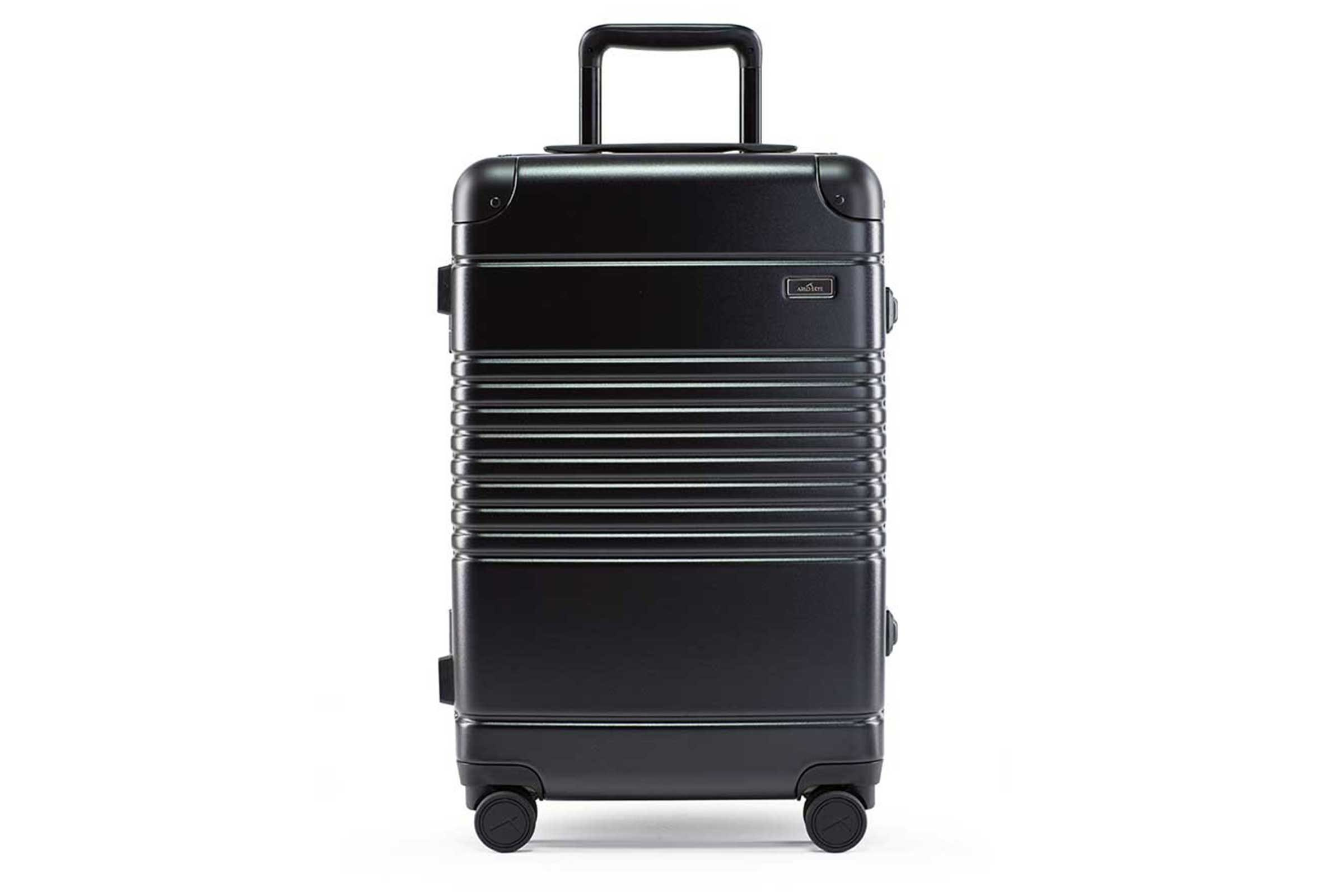 01_The-Polycarbonate-Carry-On-Max-by-Arlo-