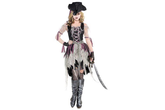 07_A-haunted-pirate