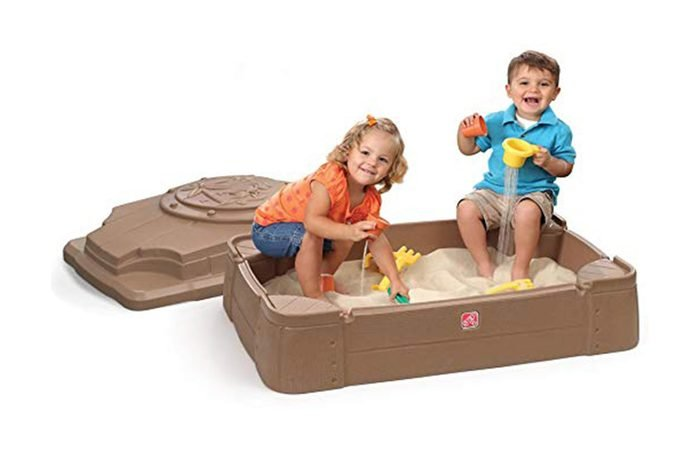 10_Construct-a-sand-pit-for-your-dog