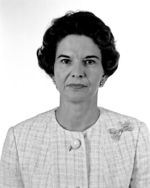 478px-1964-L-05210