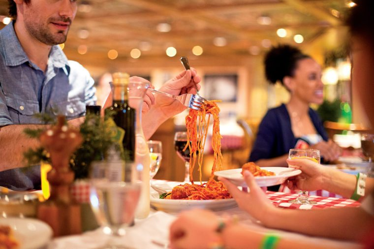 carnival cruise dining