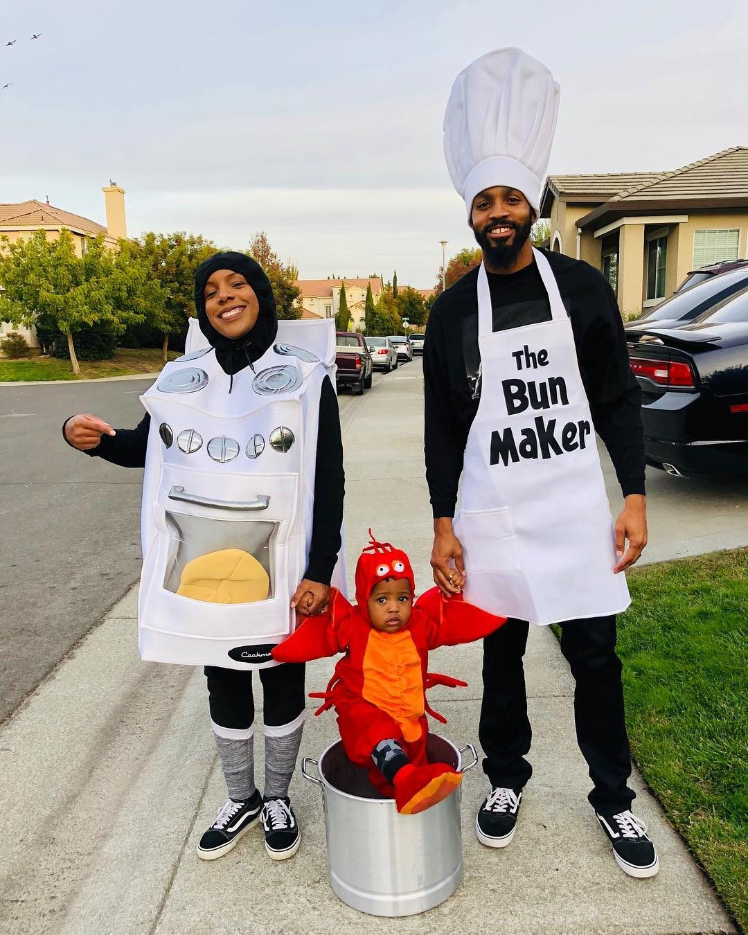 bun in the oven group costume