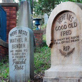 15 Things You Didn't Know About Disneyland's Haunted Mansion