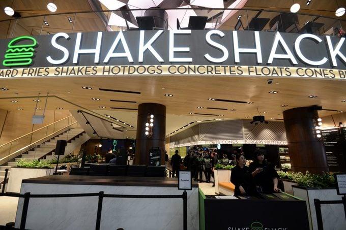 shake shack airport