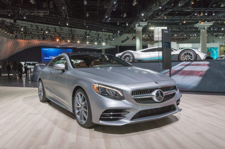 least fuel efficient luxury car