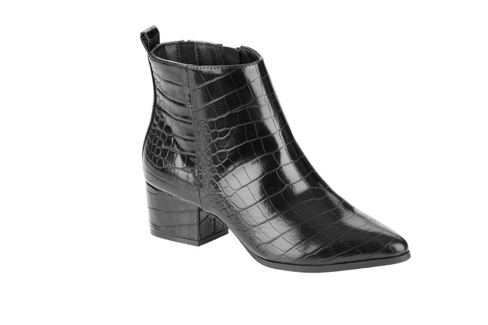 02_Scoop-Isla-low-heel-ankle-bootie