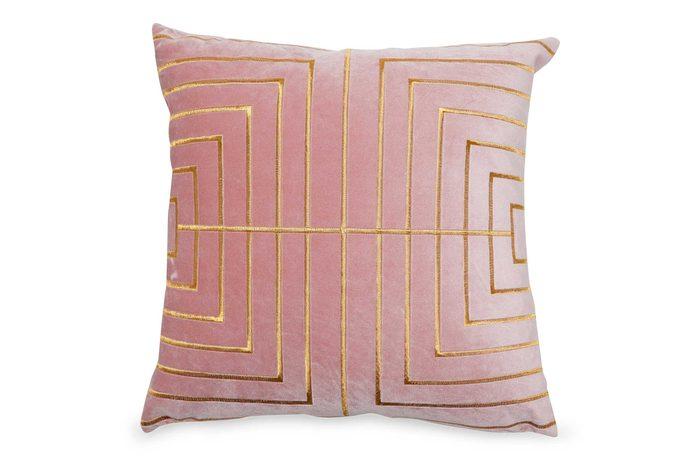 05_MoDRN-glam-metallic-stitched-throw-pillow