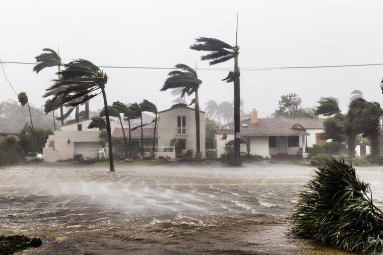 Zatopená ulica po katastrofálnom hurikáne Irma zasiahla Fort Lauderdale, FL.