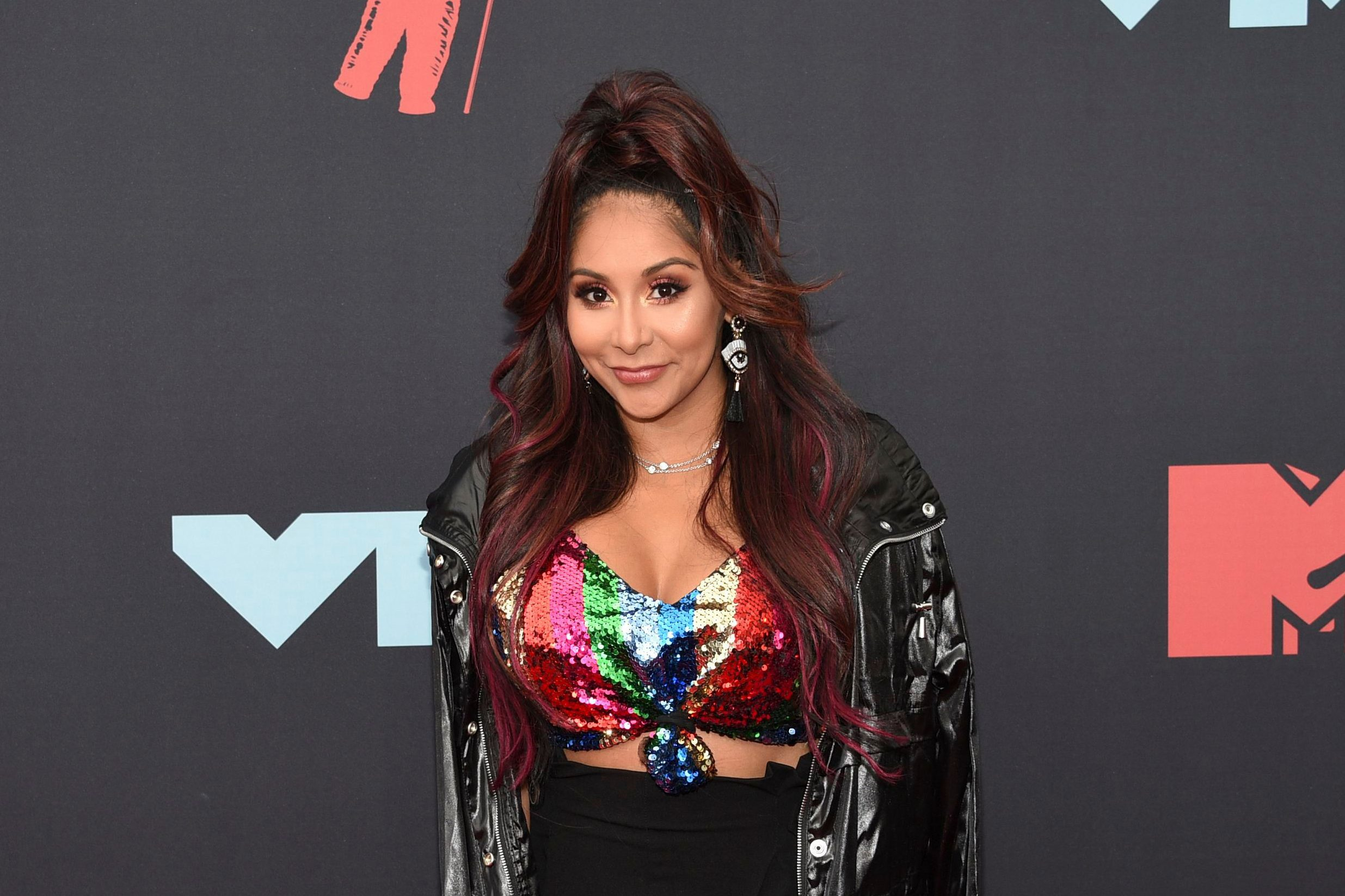 "Mandatory Credit: Photo by Evan Agostini/Invision/AP/Shutterstock (10372528cc) Nicole Snooki Polizzi. Nicole "" Nicole Snooki Polizzi "" Polizzi arrives at the MTV Video Music Awards at the Prudential Center, in Newark, N.J 2019 MTV Video Music Awards - Arrivals, Newark, USA - 26 Aug 2019"