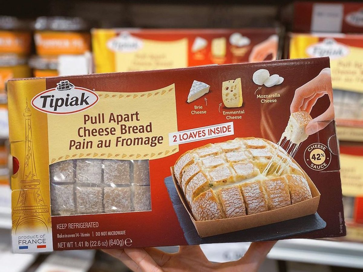 Costco Shoppers Just Discovered This Pull Apart Cheese Bread