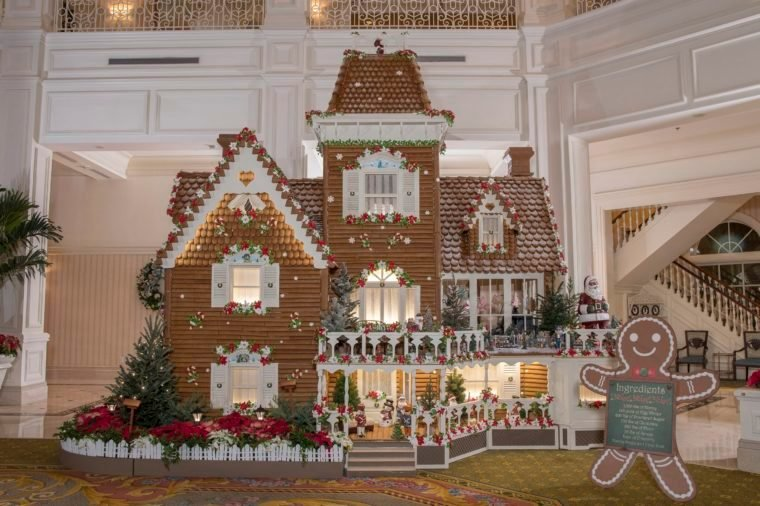 life size gingerbread house disney