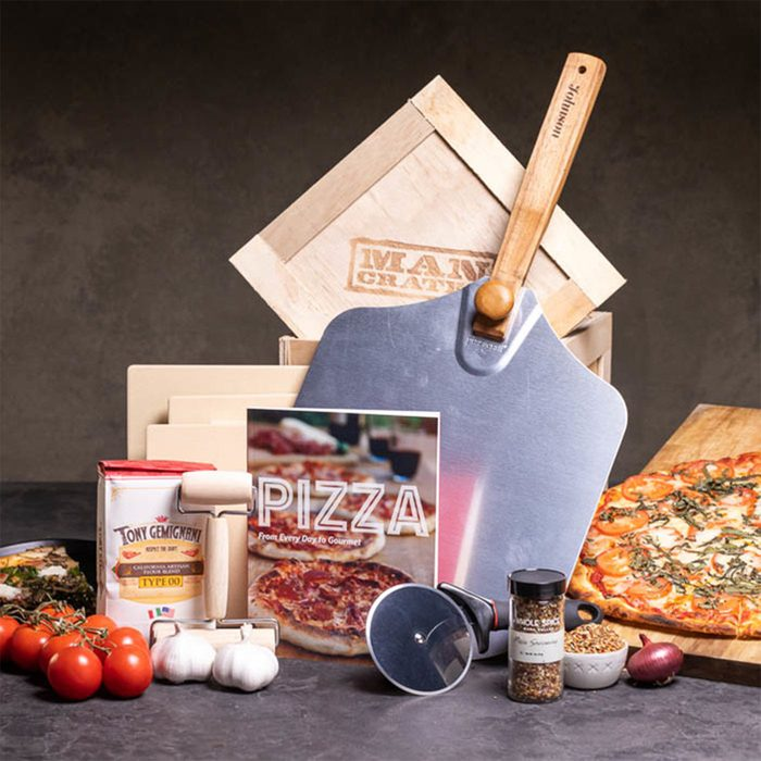 Man Crates Personalized Pizza Grilling Crate