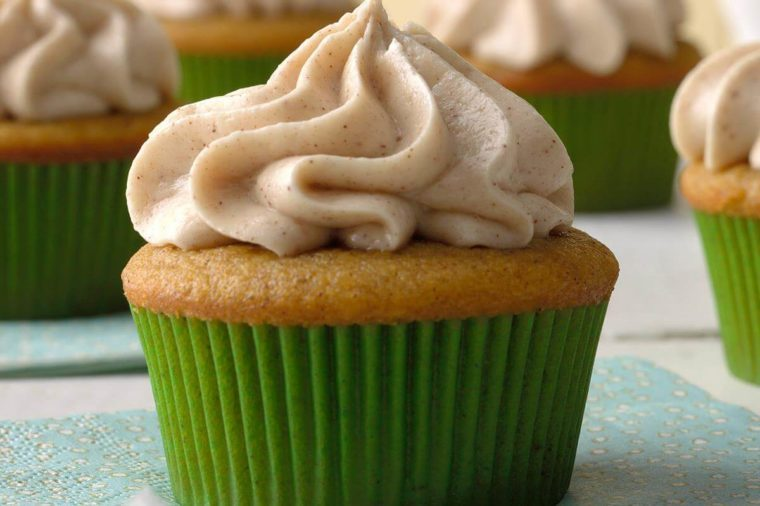 Colorado: Pumpkin Spice Cupcakes with Cream Cheese Frosting