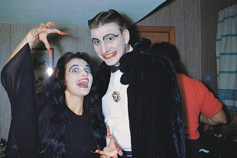 vampira and dracula