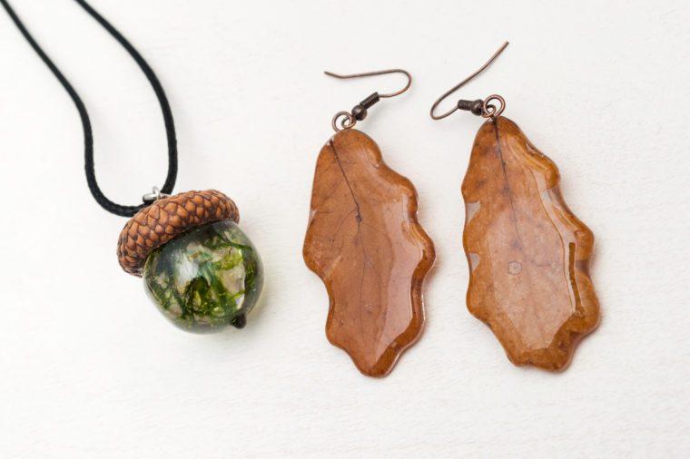 handmade epoxy resin jewelry. oak leaf earrings. acorn pendant.