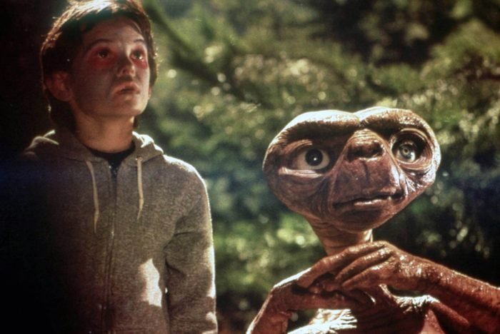 Editorial use only. No book cover usage. Mandatory Credit: Photo by Universal/Kobal/Shutterstock (5886045h) Henry Thomas Et The Extra-Terrestrial - 1982 Director: Steven Spielberg Universal USA Scene Still Et The Extra Terrestrial / E.T. E.T. l'extraterrestre
