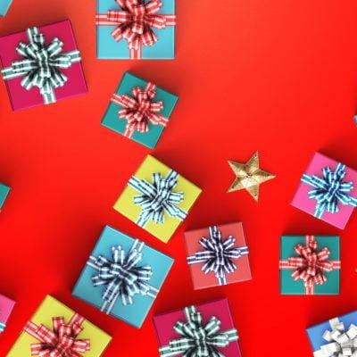 Happy birthday and gift box on black background 3d rendering ; Shutterstock ID 530331469; Job (TFH, TOH, RD, BNB, CWM, CM): -
