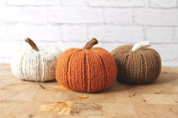 knit pumpkins decor