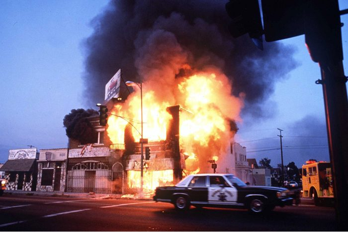 los angeles riot fire