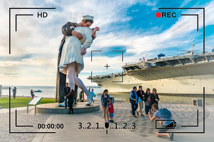 san diego california navy kiss statue surveillance