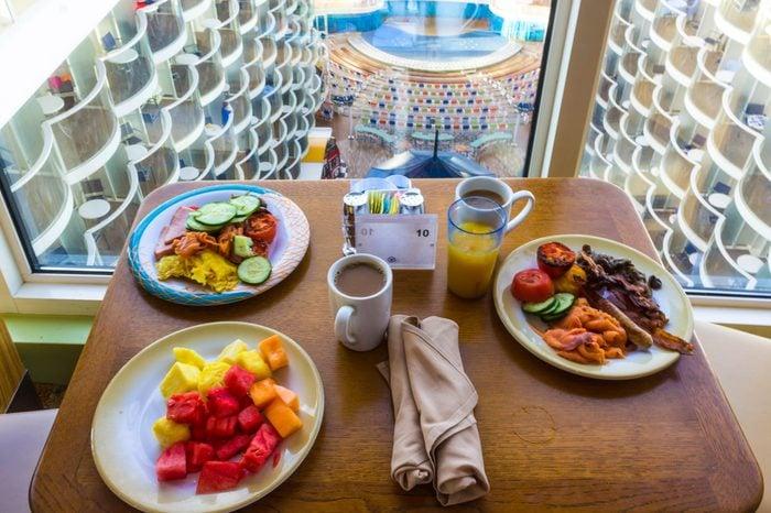 food on cruise ship