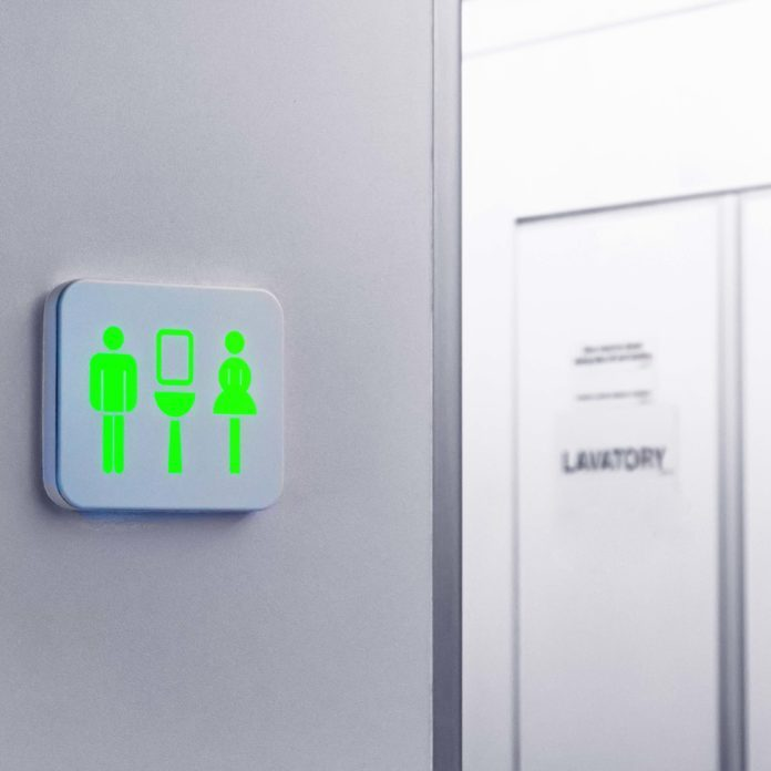 10 Things You Should Never Do in an Airplane Bathroom