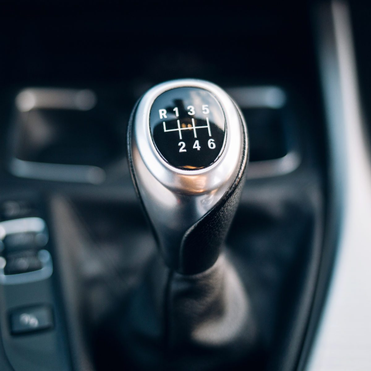 Why Do Americans Drive Automatic—But Most of Europe Drives Manual?