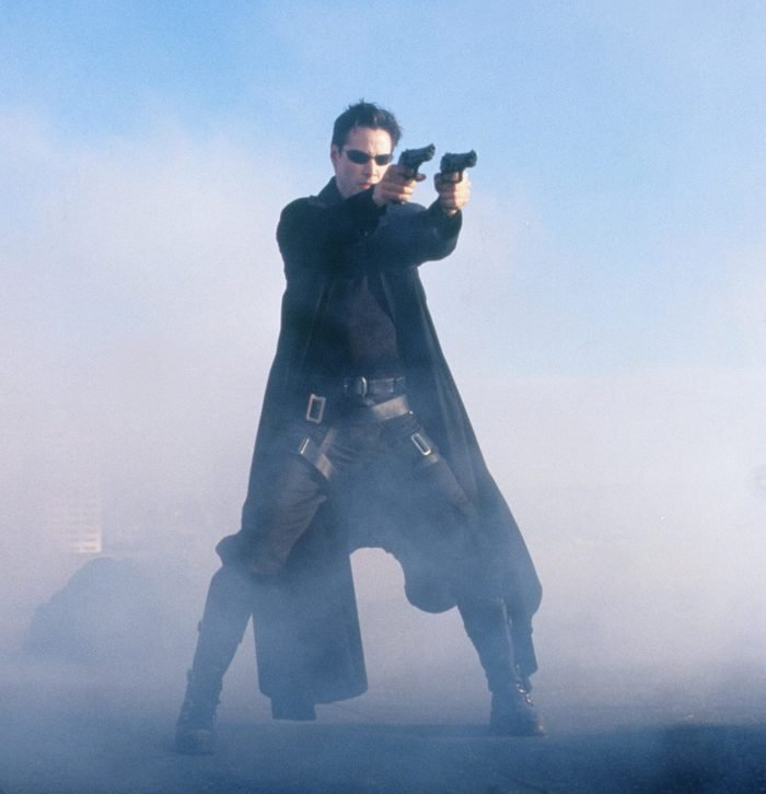 Editorial use only. No book cover usage. Mandatory Credit: Photo by Jasin Boland/Warner Bros/Village Roadshow/Kobal/Shutterstock (5886046br) Keanu Reeves The Matrix - 1999 Director: Andy & Larry Wachowski Warner Bros/Village Roadshow Pictures USA Scene Still Matrix (La Matrice)