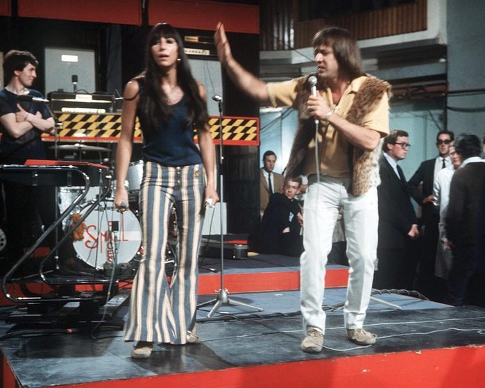 Mandatory Credit: Photo by Dezo Hoffman/Shutterstock (14061a) SONNY AND CHER - 1966 VARIOUS - 1966