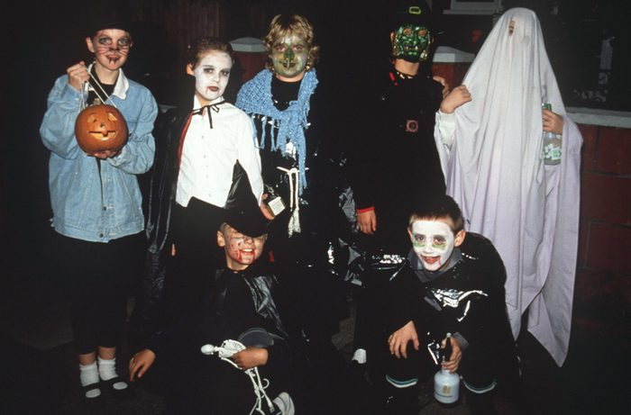 Mandatory Credit: Photo by Paul Brown/Shutterstock (169868d) CHILDREN IN TRADITIONAL HALLOWEEN COSTUMES VARIOUS, BRITAIN - 1990