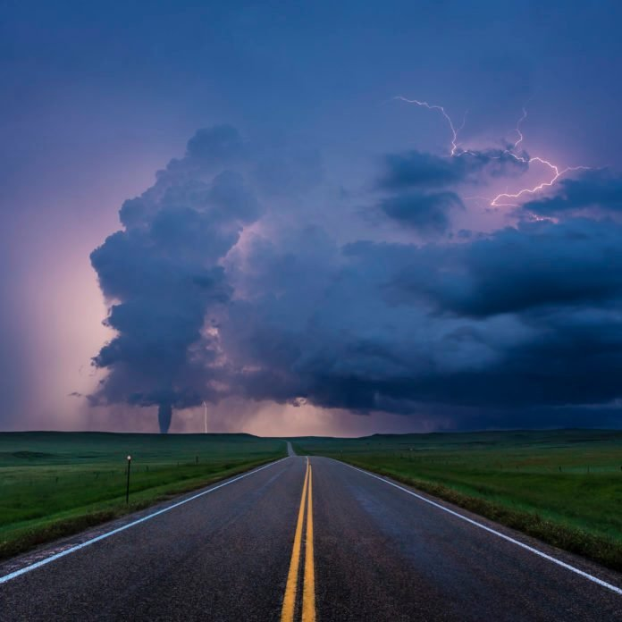 9 Extraordinary Weather Events Caught on Camera