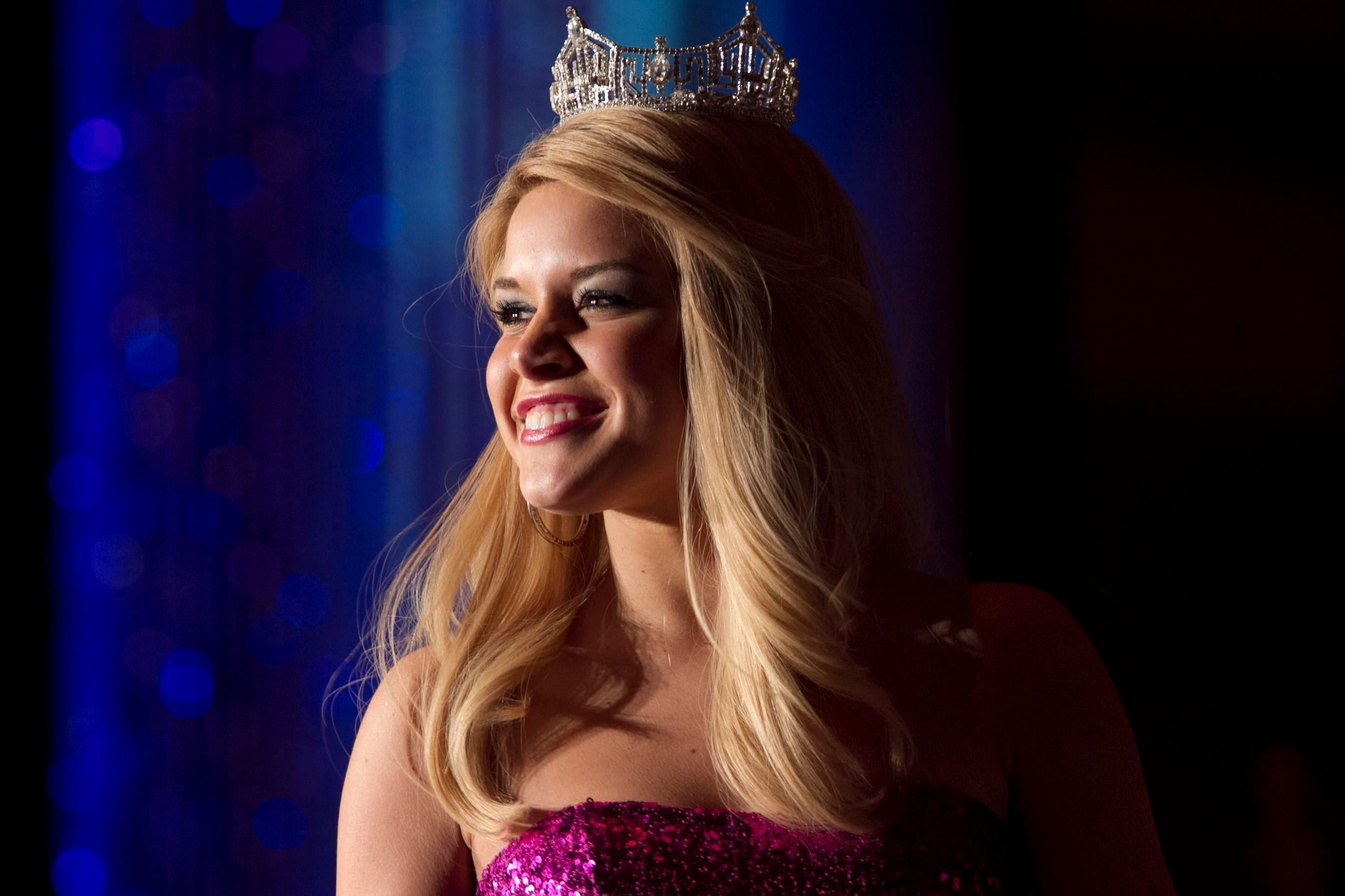 Mandatory Credit: Photo by Nati Harnik/AP/Shutterstock (6293662g) Teresa Scanlan Teresa Scanlan, Miss America 2011, at a dinner event on the last day of her homecoming tour of Nebraska, in La Vista, Neb Miss America Homecoming, La Vista, USA