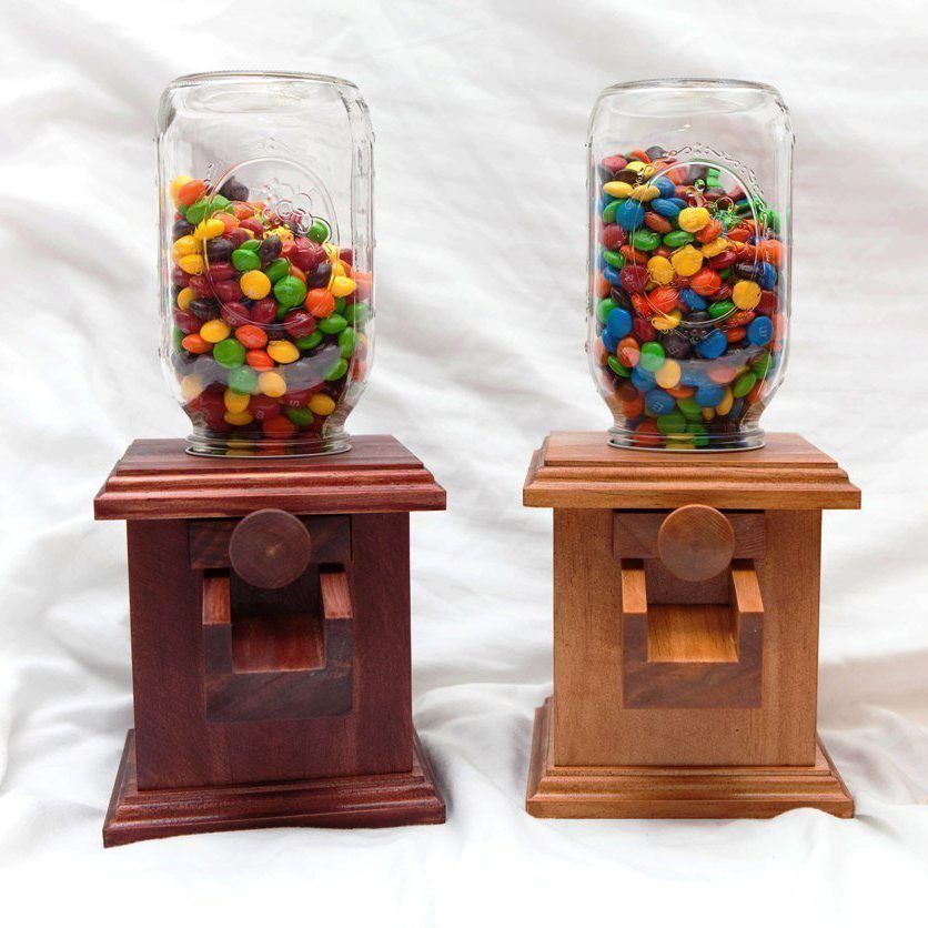 candy despenser