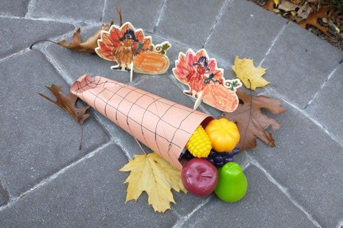 Cornucopia Craft for thanksgiving