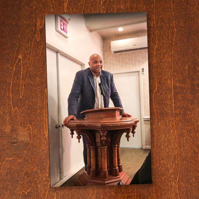 Photo of Barkley at Wang's funeral.
