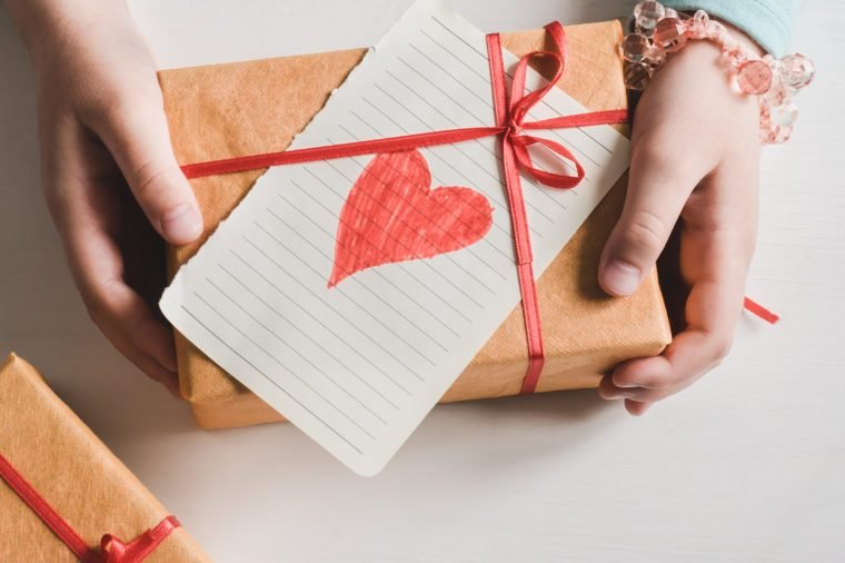 gifts that give back to charity