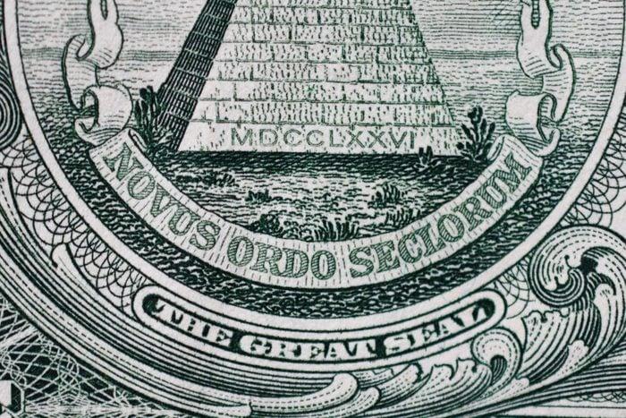 Latin Phrase Under Pyramid On Dollar Bill